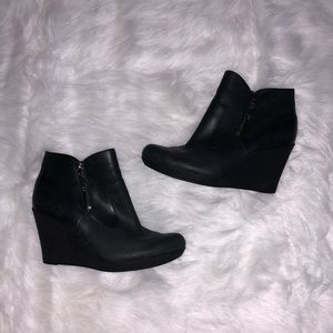 UGG -  Black Ankle boots